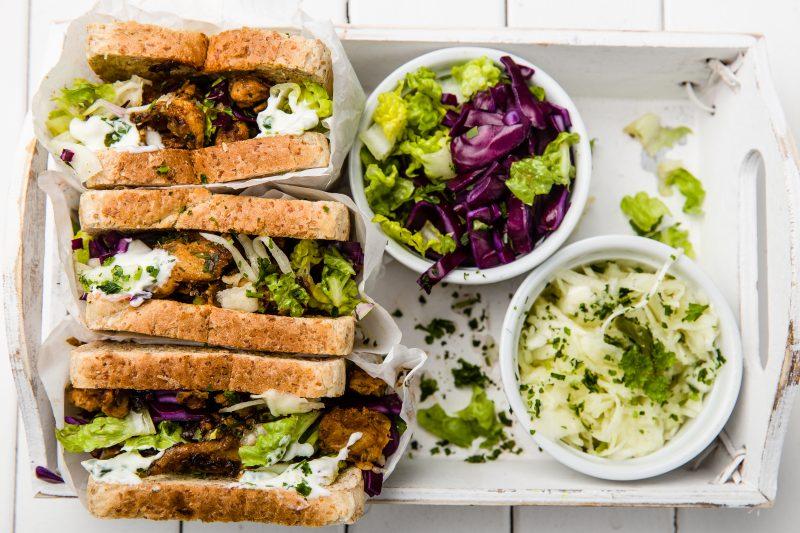 Hähnchen-Gyros-Sandwich