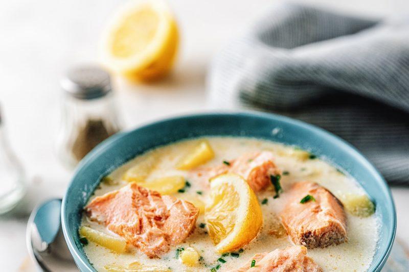 Zitronige Lachs-Kartoffel-Suppe